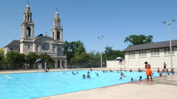 Swimming Pools | Chicago Park District